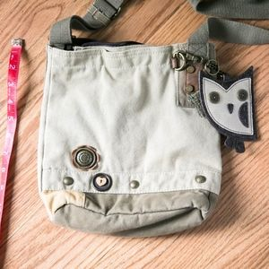 Chala Owl Patch Crossbody in Sand